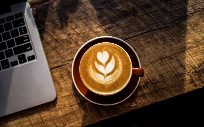 Davanti ad un caffè